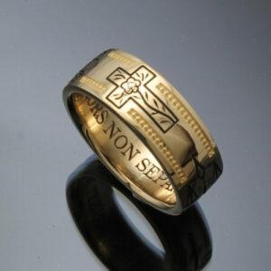 handmade-masonic-ring-in-14k-gold-vintage-style-024-57e995ac3.jpg