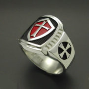 knights-templar-masonic-cross-ring-in-sterling-silver-with-red-shield-style-014-57e997772.jpg
