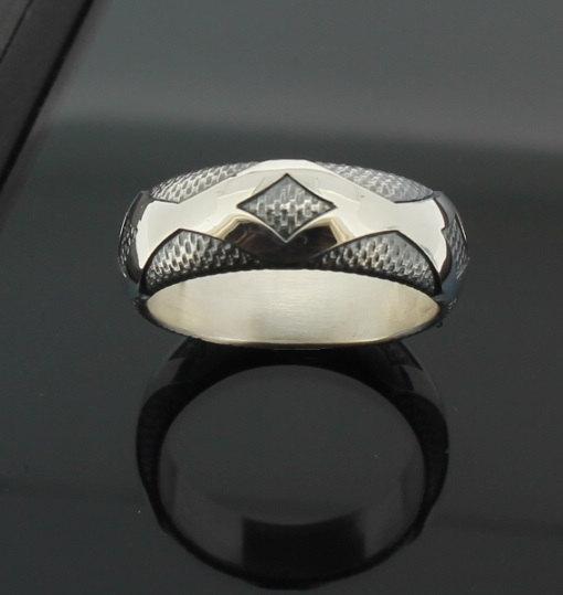 wedding-band-diamondback-in-palladium-silver-with-antique-finish-57e9958f1.jpg