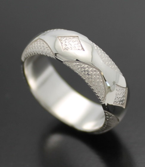 wedding-band-diamondback-in-palladium-silver-with-polished-finish-57e995691.jpg