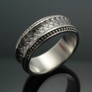 wedding-band-the-path-in-palladium-silver-with-antique-finish-57e9957d3.jpg